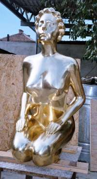Jennifer- 2005, bronze via www.marinmarkov.com