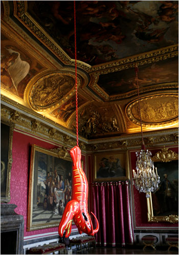 Lobster by Jeff Koons, at Versailles