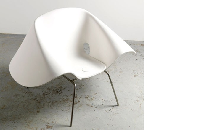 Richard Prince,in collaboration with Gagosian, curates a furniture exhibit and designs a \'Nurse Hat Chair\'