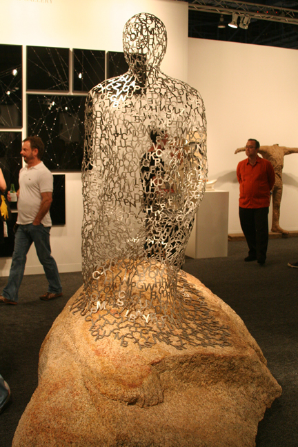 art-basel-2008-jaume-plensa-kneeled-shadow-gray-gallery1