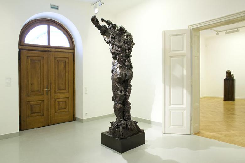 jonathan-meese-galerie-thaddaeus-ropac1