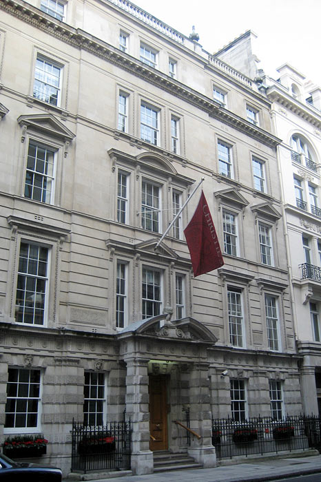 christies-hq-8-king-street-london