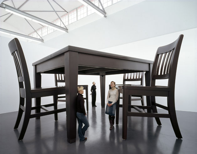 robert-therrien-no-title-table-and-four-chairs-2003