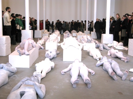 deitch-vanessa-beecroft-vb64-13