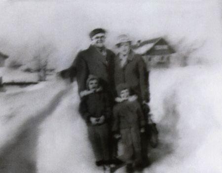 gerhard-richter-familie-im-schnee-1966