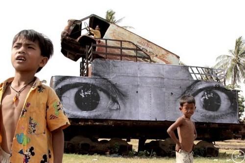 jr-in-cambodia2