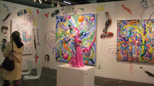 Paul Kasmin Gallery with works by Kenny Scharf