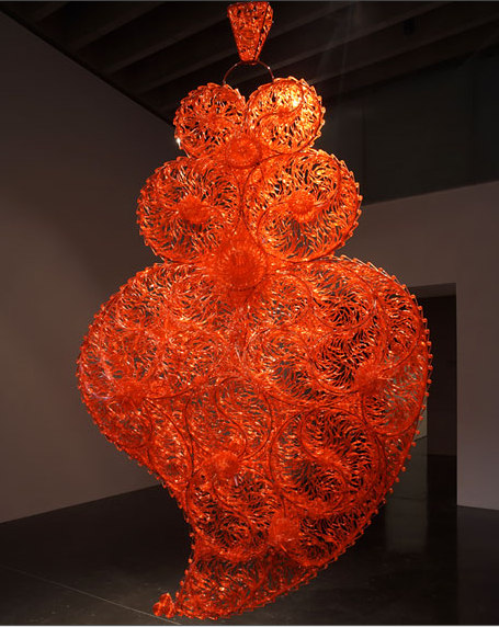 Joana Vasconcelos, Red Independent Heart, 2005, Via The Garage Center for Contemporary Culture