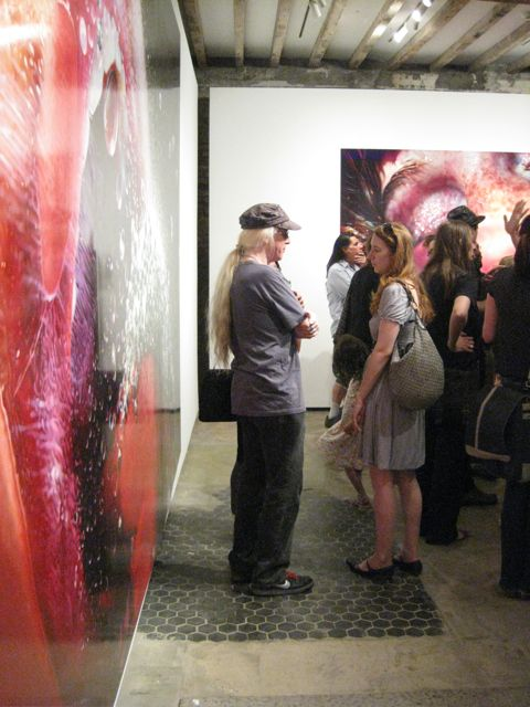(left) Marilyn Minter, Pop Rocks, 2009 (right) Bazooka, 2009