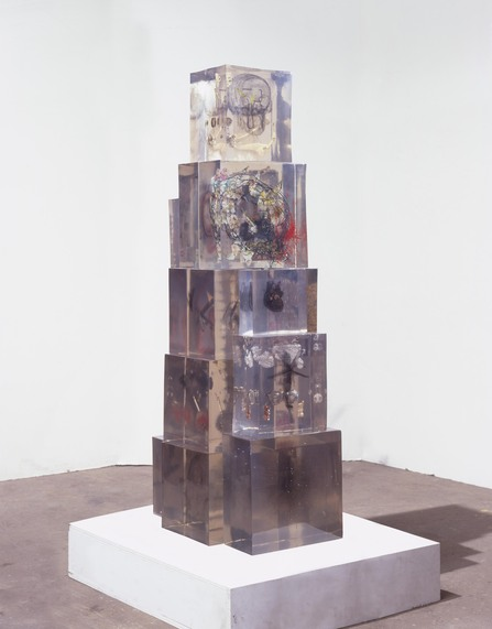 dustin_yellin-dust_in_the_brain_attic-165x5825x24-2009