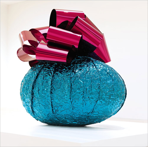 jeff-koons-baroque-egg-with-bow-turquoise_magenta