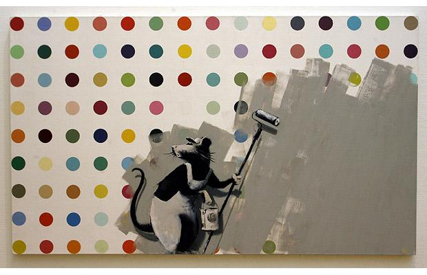 banksy-damien-hirst-painting-in-bristol1