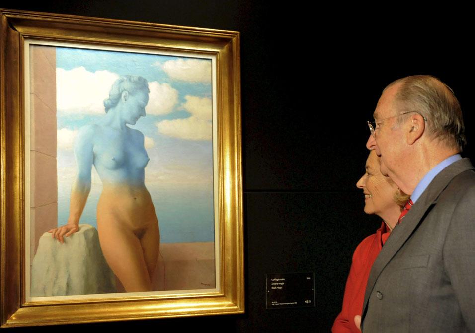 magritte-museum-black-magic