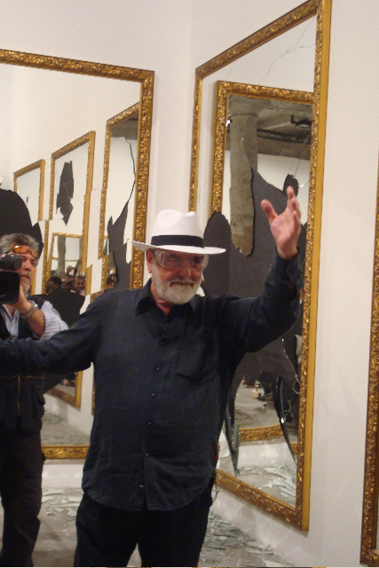 michaelangelo-pistoletto-seventeen-less-one_11