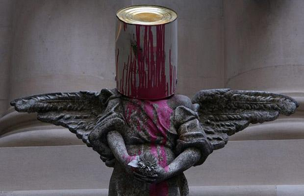 paintcan-statue-banksy-in-bristol