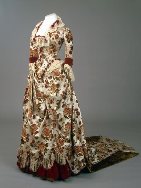 dress of Maria Fyodorovna, At the Russian Court, Hermitage Amsterdam