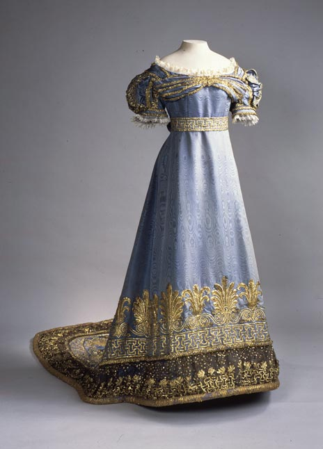Ceremonial dress of the Dowager Tsarina Maria Fyodorovna, At the Russian Court, Hermitage Amsterdam