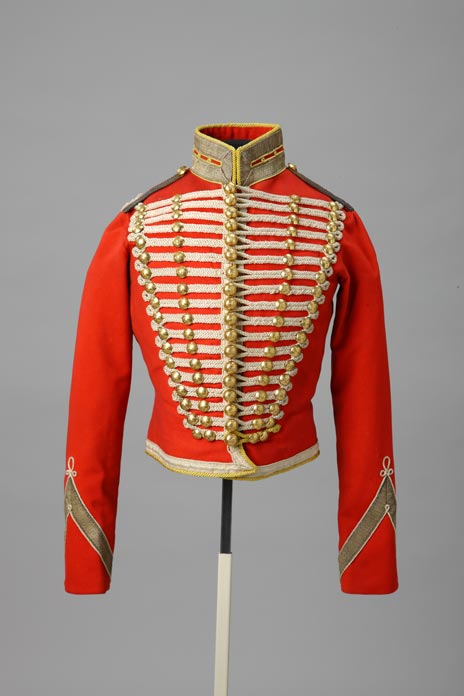 Officer's dolman [hussar's jacket] for children with a sabrtache of the Hussar Regiment of the Life Guards, 1829-1855 (jacket), Hermitage Amsterdam, At the Russian Court