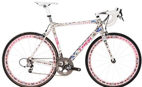 Damien Hirst Lance Armstrong bike
