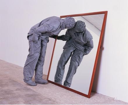 Juan Muñoz, One Figure, Museo Nacional centro de arte reina sofia