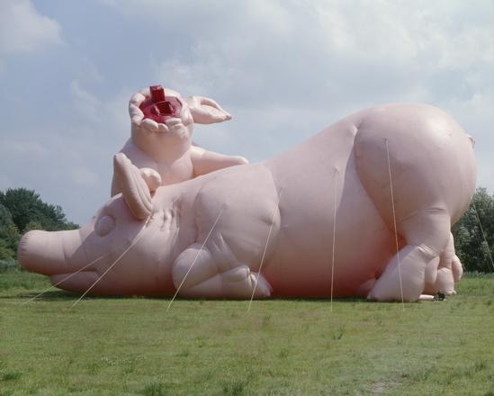 Paul mcCarthy, Piggies, Air Pressure, De Uithof