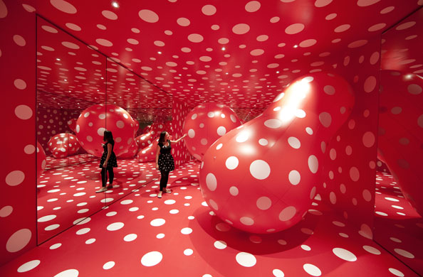 Yayoi Kusama, Metamorphosis, Walking in My Mind, Hayward Gallery