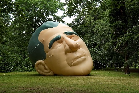 White Head Bush Head, Paul McCarthy, Air Pressure, George Bush, De Uithof
