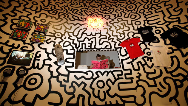 keith haring pop shop pop life tate modern