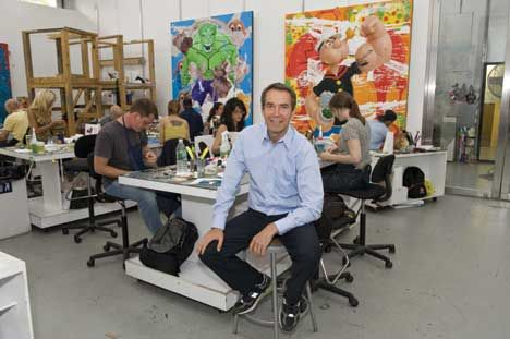 Jeff Koons-New York Studio-2009
