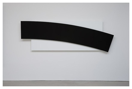 Ellsworth Kelly - Reliefs - New York - Black Curve Diagonal 2010