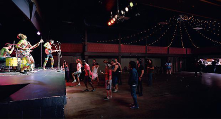 "Jeff Wall ""Band & A Crowd"""