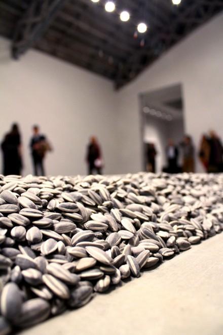 » Ai Weiwei - AO Art Observed™ Ai Weiwei Sunflower Seeds