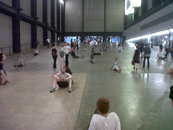Tino-Sehgal-These-Associans installation view (2012)