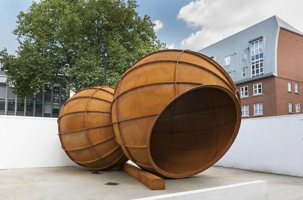 Anish Kapoor Installation View 5
