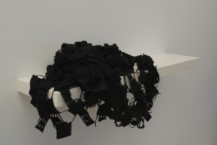 Liliana Porter, Forced Labor (Weaver), 2010, courtesy the artist