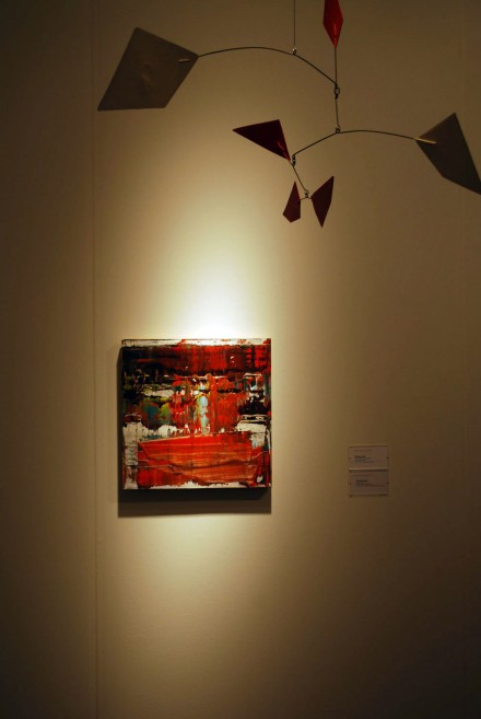 Van de Weghe, ABMB. Gerhard Richter Abstraktes Bild (906-5) (2008), Alexander Calder, Rouge et Blanc (1967)