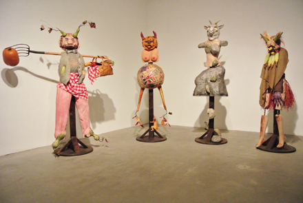 Marnie Weber, Picnic Pig Scarecrows (2011)