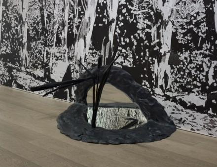 Angus Fairhurst, Unwit (2006), via Sadie Coles HQ