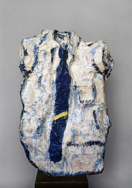 Claes Oldenburg, Big White Shirt with Blue Tie (1961), via Guggenheim Bilbao