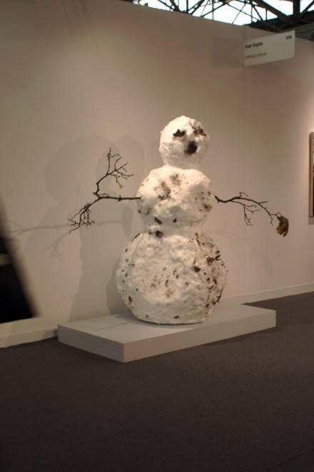 Tony Tasset Snowman with Yellow Glove (2013) at Kavi Gupta Gallery