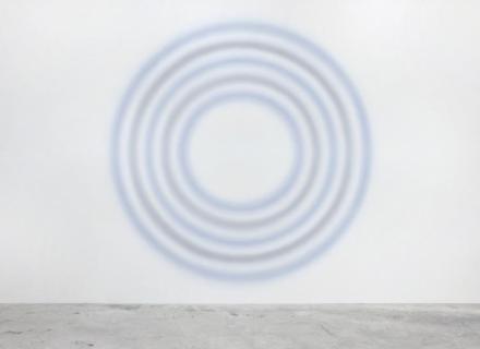 Ugo Rondinone, Siebenundzwanzigsterfebruarzweitausendunddreizehn (2013), via Almine Rech