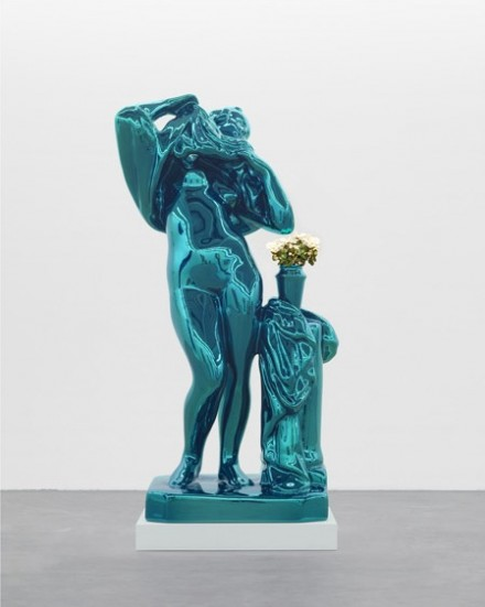 Jeff Koons, Metallic Venus, (2010-2012), © Jeff Koons. Courtesy Gagosian Gallery