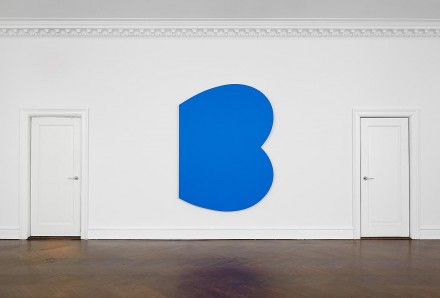 Ellsworth Kelly, Blue Curves (2009), courtesy of Mnuchin Gallery