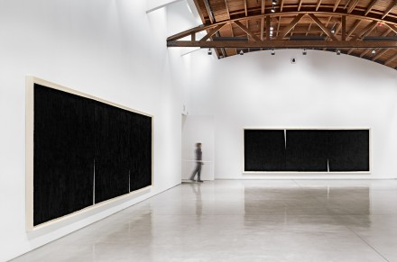 Richard Serra, Double Rifts (Installation View),  All artwork © Richard Serra. Courtesy of the artist and Gagosian Gallery. Photography by Douglas M. Parker Studio.