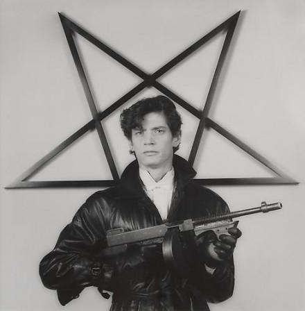 Robert Mapplethorpe, Self Portrait (1983), courtesy Skarstedt Gallery