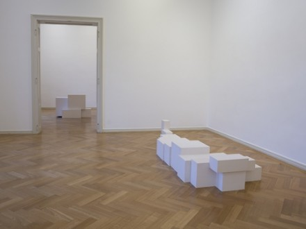 Antony Gormley, Meter (Installation View), via Thaddeus Ropac