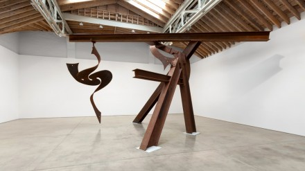 Mark di Suvero, Little Dancer (Installation View), via Paula Cooper Gallery
