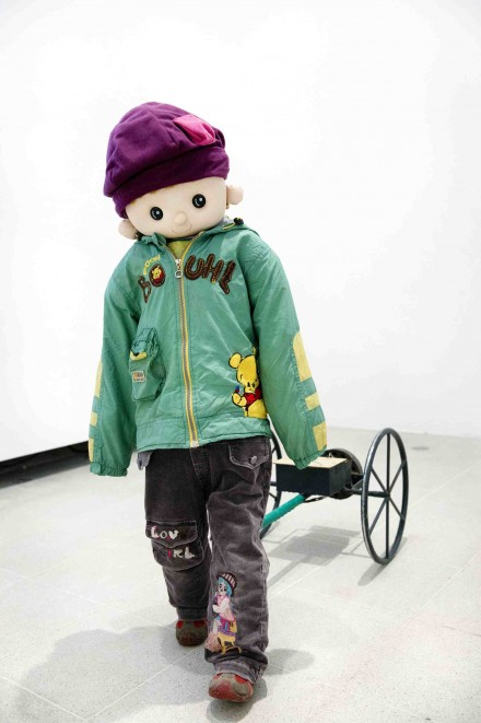 Yulu Wu, Remote Controlled Cart with Clothing (2013)