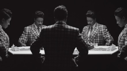 Lorna Simpson, Chess (2013), via Jeu de Paume