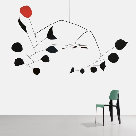 Alexander Calder, Rouge Triomphant (Triumphant Red), (1959–63) © 2013 Calder Foundation, New York/Artists Rights Society (ARS), New York. Jean Prouvé, Chaise Métropole n°305 (1953), courtesy Galerie Patrick Seguin.  Courtesy Gagosian Gallery and Galerie Patrick Seguin.